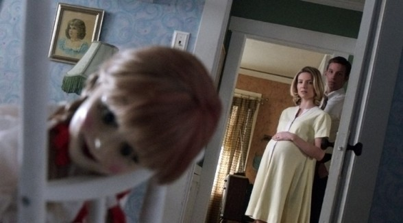 Ward-Horton-and-Annabelle-Wallis-in-Annabelle-2014-Movie-Image-750x417
